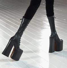 Dark Fashion, 90s Fashion, Womens Fashion, High Fashion, High Heel Boots, Shoe Boots, Prada, Marc Jacobs Shoes, Casual Date