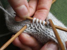 Aukkopeukalo Fingerless Gloves, Arm Warmers, Mittens, Knitting, Handmade, Google, Tips, Fingerless Mitts, Fingerless Mitts