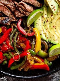 Chile lime steak fajitas. Get this and more easy ketogenic recipes here.