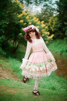Classic Lolita--classically sweet!
