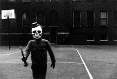 The Halloween Costumes From Back In The Day Were Terrifyingly Creepy