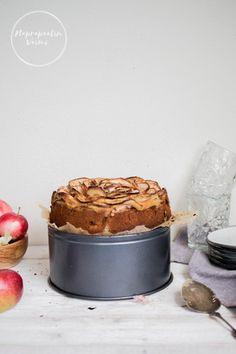 "Loppukesän omenapiirakka (G, M, ""sokeriton"") Tiramisu, Tartan, Pudding, Ethnic Recipes, Desserts, Food, Tailgate Desserts, Deserts, Custard Pudding"