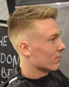 """Gefällt 25 Mal, 3 Kommentare - The London Barber (@the_london_barber) auf Instagram: """"/ After a quick Sunday off the guys are back in all week, here's a sharp skin fade with easy to…"""""""