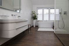 Wände im Bad / Sichtbetonoptik Bad, Alcove, Bathtub, Bathroom, Painting Contractors, Projects, Standing Bath, Bath Room, Bath Tub