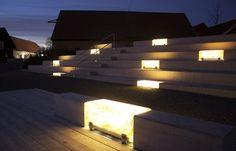Banc en fibre de verre Ljusbox avec éclairage intégré
