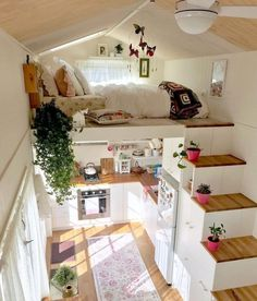 tiny house living room decor ideas 4 « A Virtual Zone Awesome Bedrooms, Cool Rooms, Cool Teen Bedrooms, Girl Bedroom Designs, Tiny House Living, City Living, Tiny House Design, Tiny House Layout, Small Room Design