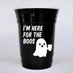 Funny, Halloween inspired party cup great for adult Halloween parties. This hard plastic party cup makes a great party favor for adults that can be used all night. Halloween Cups, Halloween School Treats, Adult Halloween Party, Halloween Party Favors, Halloween Goodies, Cute Halloween Costumes, Halloween Ghosts, Easy Halloween, Halloween Decorations