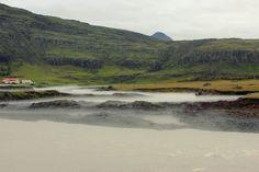Mystischer Nebel über dem Fluss Kolgríma von ALLES IST GUT