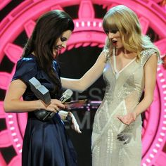 #CarlyRaeJepsen and #TaylorSwift  Buy tickets online at www.clickit4tickets.co.uk
