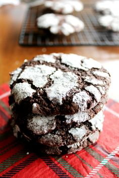 Almost Too Pretty To Eat Gluten-Free Crinkle Cookies - Christmas Crinkle Cookies Gluten-Free