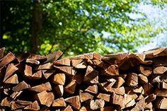 Was bekomme ich für mein Geld? Vor dem Kauf von Brennholz sollte man sich mit den verschiedenen Maßeinheiten auseinander setzten. Firewood, Texture, Crafts, Money, Surface Finish, Woodburning, Manualidades, Handmade Crafts, Diy Crafts
