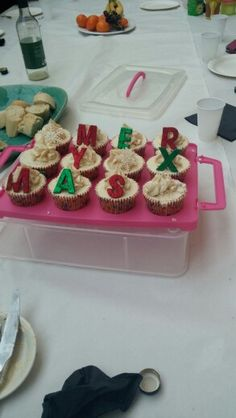 Another glittery #glutenfree #merryxmas baileys mince pie cupcakes