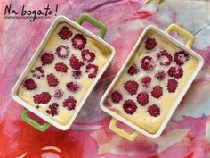 Raspberry mini custards / budyńki z malinami z pieca