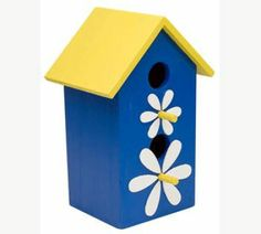 I will have to let the kids paint some birdhouses this summer. This would look cute on the fence!