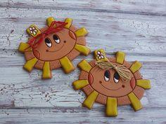 Sluníčko, sluníčko, popojdi maličko Soutache Jewelry, Mural Art, Pergola, Cool Stuff, Creative, Sun Moon, Sun, Cool Things, Art For Walls