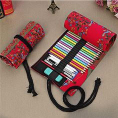 Holes Pencil Wrap Portable Canvas Roll Up Trees Pen Case Students Stationary Pouch For Painting School Supplies Diy Collage, Roll Up Pencil Case, Sewing Crafts, Sewing Projects, Pen Storage, Swing Design, Diy Holiday Gifts, Pencil Bags, Jute Bags