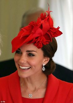 Princess Catherine the duchess of Cambridge kate Middleton with prince william and the queen and other members of royal family attended the order of garter sevice london 13 june 2016 Catherine Walker, Prince William And Catherine, William Kate, Prince Charles, Beauty And Fashion, Royal Fashion, Look Fashion, Looks Kate Middleton, Kate Middleton Photos