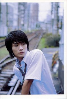 When Amy goes to stroll around Tokyo alone. She meets a boy named Yuki. They become friends and he takes her to a railroad crossing as gives her a tiny clay whale. She cherishes the whale. Japanese Boy Names, Cute Japanese Boys, Japanese Show, Japanese Men, Haruma Miura, Cute Actors, School Boy, Character Aesthetic, Asian Actors