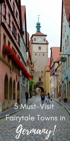 5 must-visit fairy tale towns in Germany! These magical places in Bavaria and Franconia will steal your heart! What a fun romantic getaway in Germany!