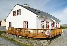 Lanelodge Bed & Breakfast, Doolin, Co Clare, Ireland. Travel. Breakfast. B and B. Hotel. Summer. Holiday. Day Out. Family. Scenic. Retreat.