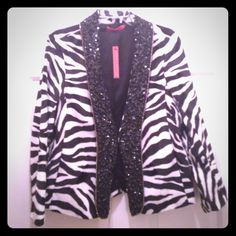Alice + Olivia  New Listing  Just in time for the benefit and holiday season! This Alice + Olivia Zebra Sequined Blazer is a Perfect Addition To any Colored Outfit, love it with Red and Yellow! Alice + Olivia Jackets & Coats Blazers