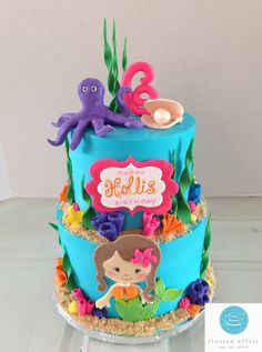 Mermaid buttercream cake! Perfect for an under the sea themed party!