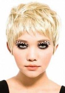 crazy fake eyelashes!