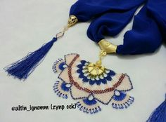 This Pin was discovered by Tül Crochet Collar, Thread Art, Crochet Art, Needle Lace, Neck Warmer, Resin Art, Needlepoint, Jewelry Art, Tassel Necklace