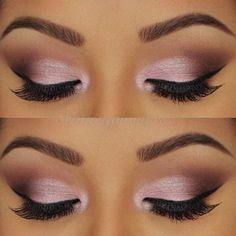 Quelquefois, les images valent mieux que les mots. On vous laisse donc découvrir notre sélection d'inspiration de pink eyeshadow pour un effet des plus grandioses !
