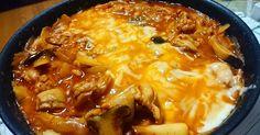フライパン1つで意外と野菜が摂れるタッカルビです。 作り方も簡単なので是非お試しください。