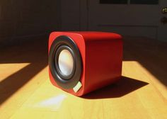Vers Audio and founder David Laituri introduce the upcoming 1Q, a 3″ bluetooth sound system.