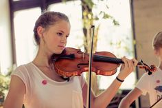 Ein die Landesgrenzen überschreitendes Jugendsymphonieorchester für Österreich, Deutschland, Schweiz und Liechtenstein. QUARTA
