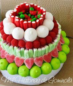 "Para los locos de las ""gomitas"" y malvaviscos Baptism Cupcakes, Lolly Cake, Bar A Bonbon, Sweet Trees, Candy Cakes, Chocolate Covered Pretzels, Candy Bouquet, Cake Decorating Techniques, Fiesta Party"