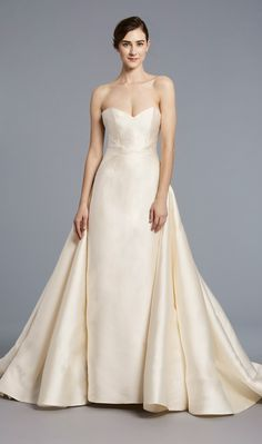 Radziwill – Anne Barge, Strapless and architecturally seamed, this sheath evokes both drama and elegance with dramatic attached skirt of Italian Mikado scuba Anne Barge Wedding Dresses, Rustic Wedding Dresses, Wedding Dresses 2018, Designer Wedding Dresses, Bridal Collection, Dress Collection, Dress Vestidos, Bridal Fashion Week, Bridal Style