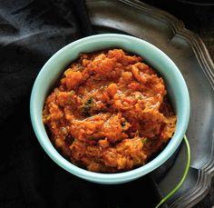 Lauki Bharta Recipe - Spiced & Mashed Bottled Gourd Recipe