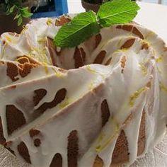 Luscious Lemon Cake, photo by naples34102