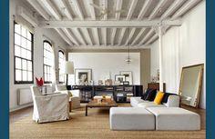 White Apartment: New York style loft in Barcelona