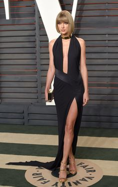 Taylor Swift wearing Alexandre Vauthier Haute Couture and Giuseppe Zanotti heels at the Vanity Fair 2016 Oscars party.
