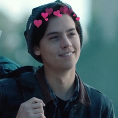 Q beautiful * - * Cole M Sprouse, Cole Sprouse Jughead, Dylan Sprouse, Cole Sprouse Lockscreen, Cole Sprouse Wallpaper, Zack E Cody, Riverdale Cole Sprouse, Dylan And Cole, Just Beautiful Men