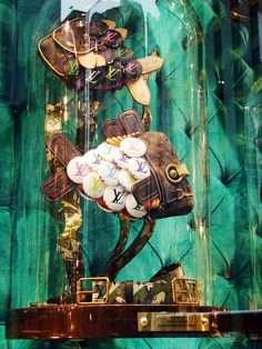 "Louis Vuitton ""The Collectors Windows"" 2011 spring, New York » Retail Design Blog"