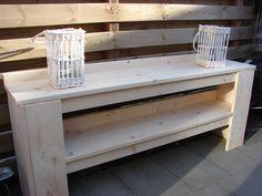 Sitetable van steigerhout voor binnen en buiten gebruik.