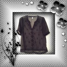 Sheer casual black top Sheer casual black top, boho style, size small, Old Navy brand, excellent condition. Old Navy Tops