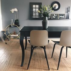 Designers grey, frá Flugger. Nr. 594
