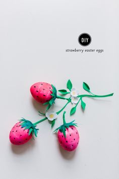 DIY Strawberry Easter Eggs: http://www.stylemepretty.com/living/2015/03/28/diy-strawberry-easter-eggs/ | Photography: Nicole Bass - http://nicolebaasphotography.com/