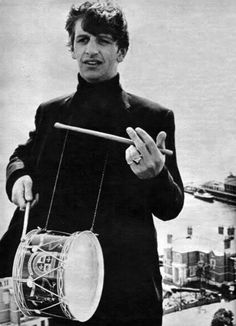 Ringo is so hot I can't Ringo Starr, George Harrison, Paul Mccartney, John Lennon, Great Bands, Cool Bands, The Beatles, Beatles Photos, Love Of My Life