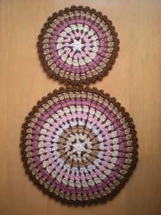 Ravelry: Mandala/coaster wheel pattern by emmhouse