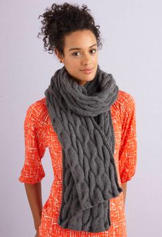 Free Knitting Pattern: Grey Cabled Scarf