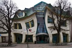 Unusual Buildings (35)
