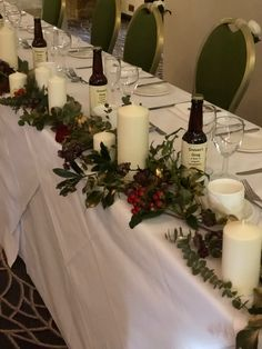 A beautiful Christmas wedding with a vine of reds, greens and golds for the top table. Wedding Top Table Flowers, Christmas Wedding Flowers, Beautiful Christmas, Green And Gold, Beautiful Flowers, Vines, Bloom, Make It Yourself, Table Decorations