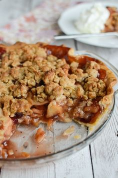 Apple Cranberry Streusel Pie is the perfect Thanksgiving dessert!